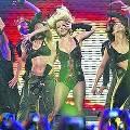 Бритни Спирс споет в Киеве в шипах, кимоно и нижнем белье