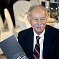 Испанский прозаик Эдуардо Мендоса получил литературную премию